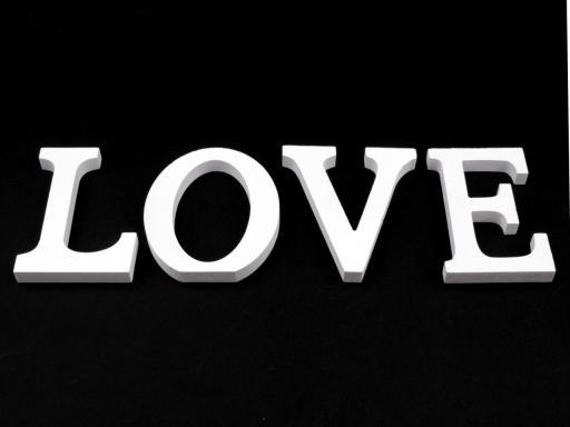 3D dekorácie LOVE biela 1sada