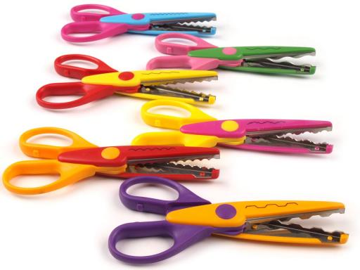 Nožnice detské dĺžka 13cm sada 6 ks na blistre mix farieb a vzorov 6sada