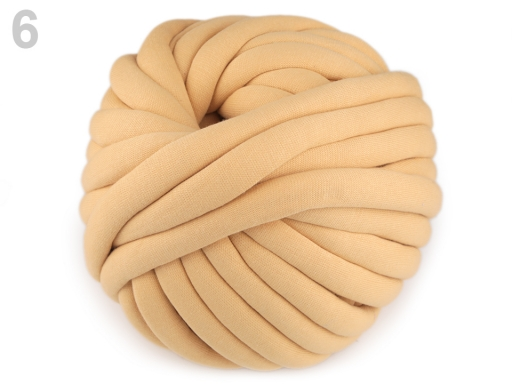 Priadza Marshmallow hrubá 750 g krémová 1m