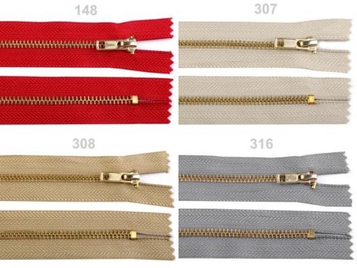 Kovový / mosadzný zips šírka 4 mm dĺžka 18 cm nohavicový Prairie Sand 1ks