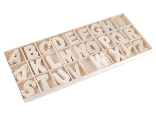 Drevené písmená v krabici buk 1krab.