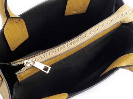 Talianska kožená kabelka s príveskom 25x28,5 cm šedá kalná 1ks