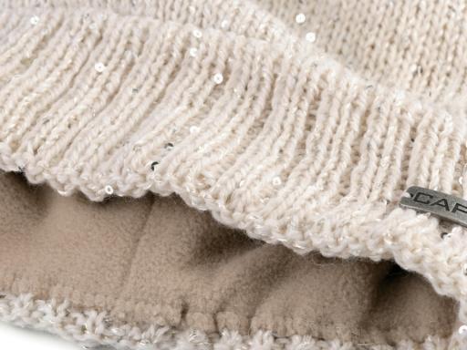 Dámska zimná čiapka s flitrami Capu béžová 1ks