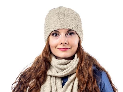 Dámska zimná čiapka pletená hnedá tm. 1ks